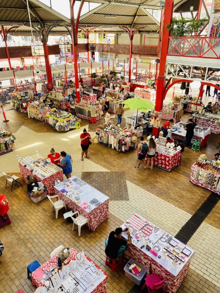 Read more about the article Le marché de Papeete