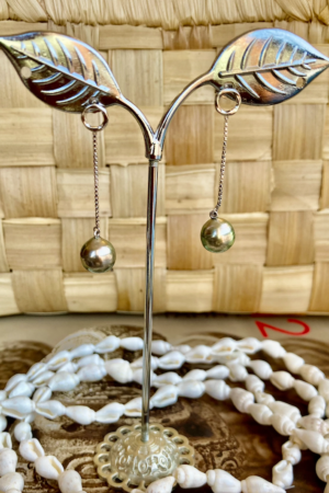 Boucle d'oreille « Hanging Pearl »