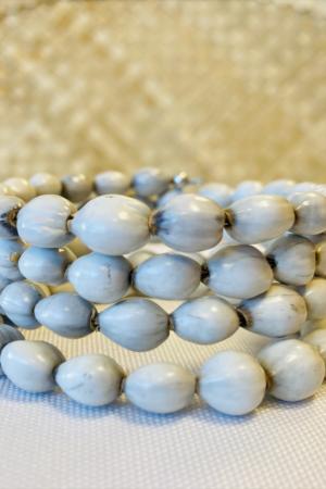 Bracelet de graines blanches